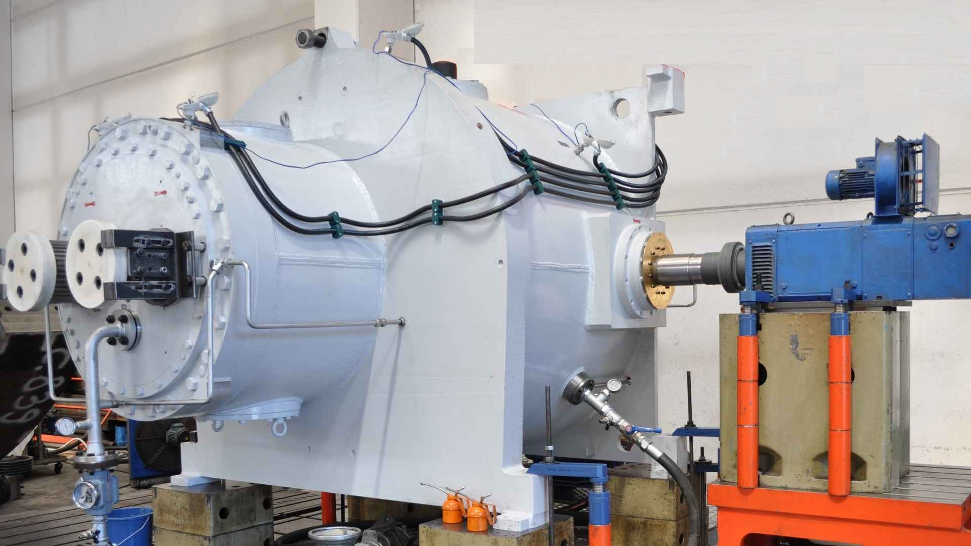 MAAG® SPU gear unit installed in our test facility.